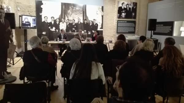 El rector de la Universidad de Sevilla presenta el catálogo de 'Minervas del 27'