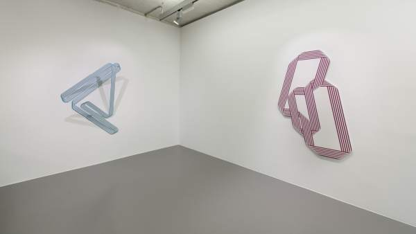 Dos obras del artista Terry Haggerty