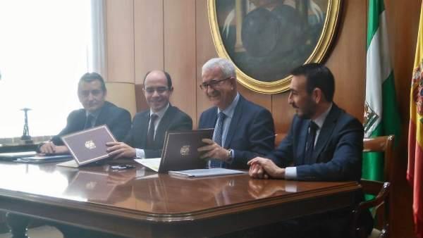 Reunión de la firma de protocolo del nuevo proyecto de Las Aletas