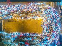 Más de 10.000 vehículos, atrapados en un gran atasco