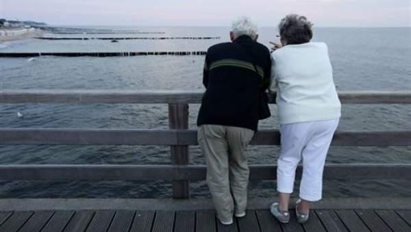 La pensió mitjana a la Comunitat Valenciana al febrer es xifra en 858,79 euros