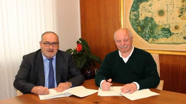 Firma del convenio Ayuntamiento de Reinosa-Sidenor