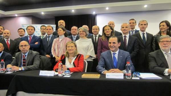 Del Olmo y Álvarez en el acto con las entidades financieras