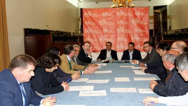 Nota De Prensa Y Fotos De Hoy, Viernes 23, Sobre Firma Anticipos Reintegrables