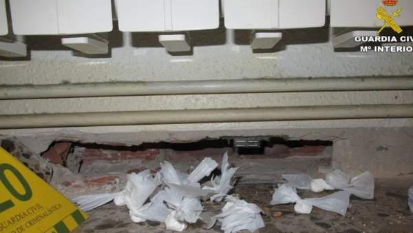 Detinguda a Villena una dona per vendre droga en el seu saló de bellesa d'ungles
