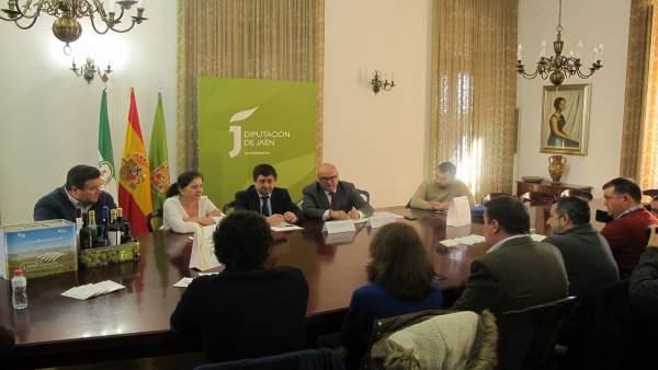 Reunión con responsables de los 'Jaén Selección 2018'.
