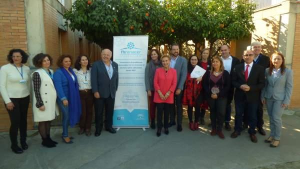 Carmen Quintanilla con los portavoces de los distintos grupos en la Comisión