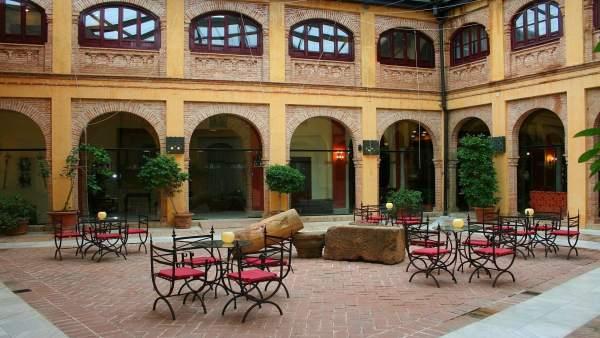 Patio Mudéjar Alcázar de la Reina