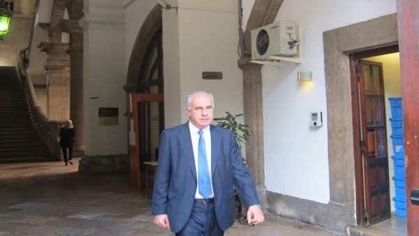 Una ex-alt càrrec reconeix irregularitats en contractes informàtics i diu que els ordenava Blasco