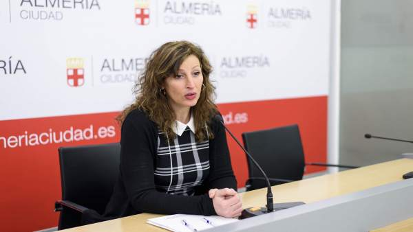 La concejal de Economía del Ayuntamiento de Almería, María Vázquez (PP)