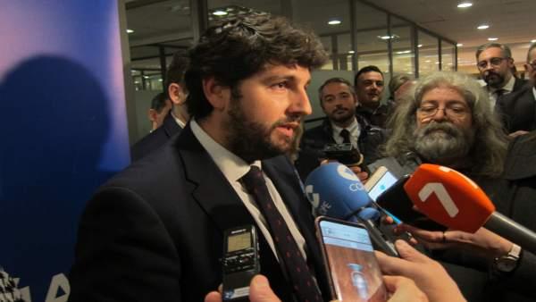 Fernando López Miras, En El Contacto Con Los Medios