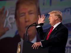 """Trump insiste en armar al """"10 ó 20%"""" de profesores"""