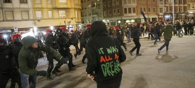 En libertad con cargos los nueve detenidos por los incidentes ultras de Bilbao