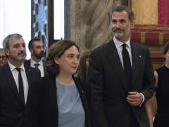 Ada Colau, Torrent y la Generalitat se niegan a recibir al rey en el MWC