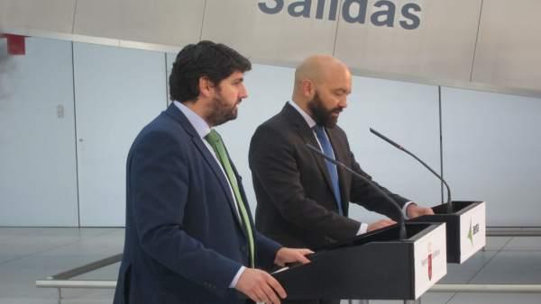 López Miras y García Legaz firman el contrato de gestión del nuevo aeropuerto