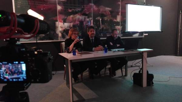 Presentación de guía de arte contemporáneo en ARCO