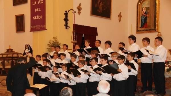 La Escolanía del Real Monasterio del Escorial actuando