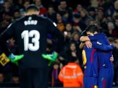 El Barça arrolla al Girona en una nueva exhibición de Messi y Suárez