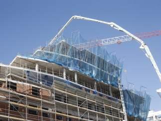 Un bloque de viviendas en construcción