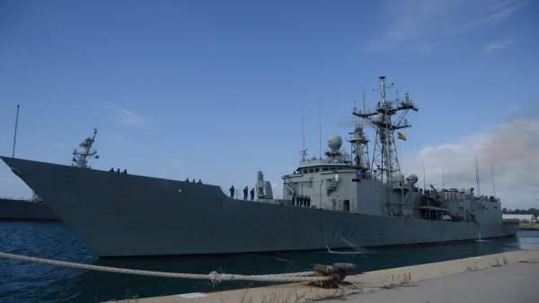 La Fragata 'Victoria' Parte Desde La Basa Naval De Rota