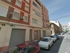 Mueren un hombre y una mujer en incendios en León y Valencia