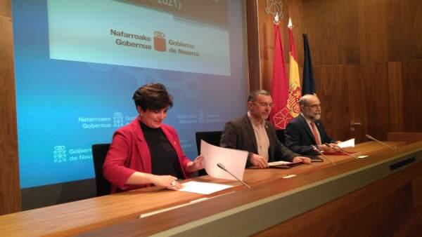María Solana, Miguel Laparra y Fernando Domínguez en la rueda de prensa