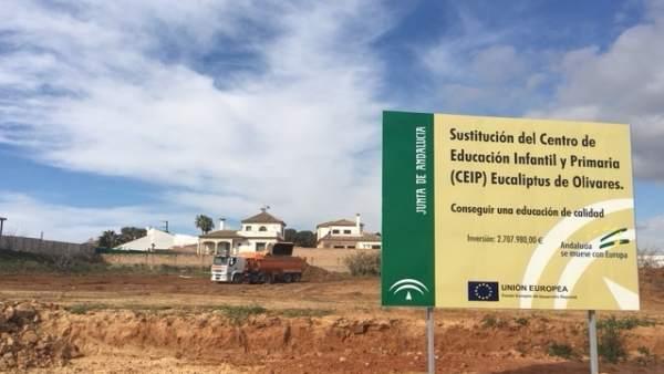 Solar destinado a la construcción del nuevo CEIP en Olivares