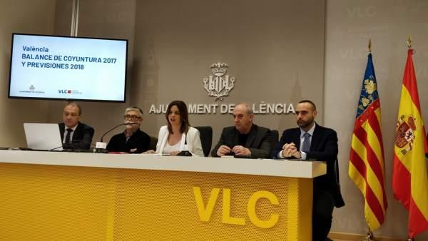 València va batre en 2017 el seu rècord turístic amb més de 2 milions de visitants i 4,8 milions depernoctacions
