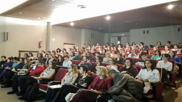 Obstetras y matronas asistieron al curso en Tudela.