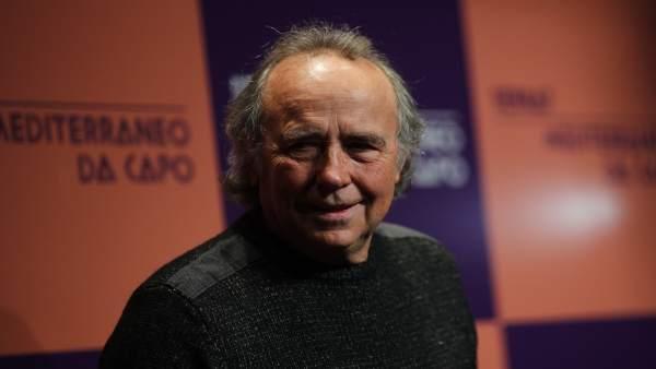Rueda de prensa de Joan Manuel Serrat en el Círculo de Bellas Artes