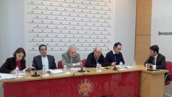 González Poncela comparece ante la comisión