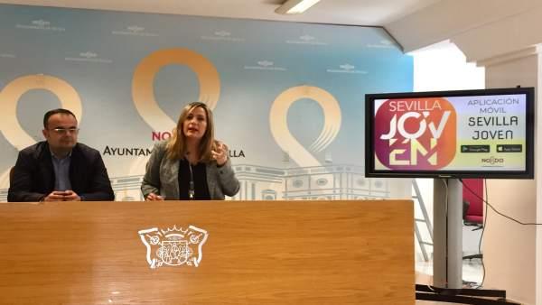 La concejal Myriam Díaz en la presentación de la app 'Sevilla Joven'
