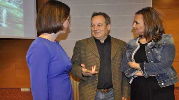 Ignacio Mayayo con Teresa Ladrero y Mayte Pérez.