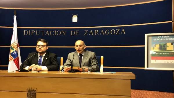 El alcalde de Pinseque y el organizador de la feria, en la sala de prensa de DPZ