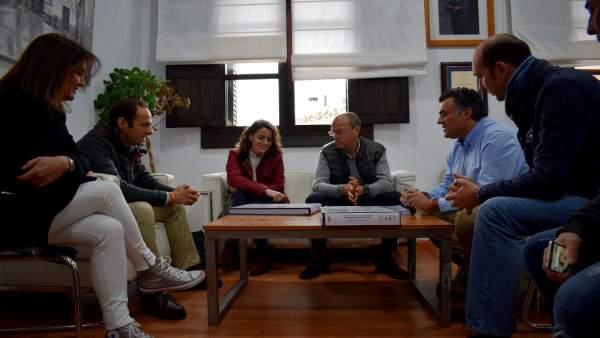 Reunión con el alcalde de Coria