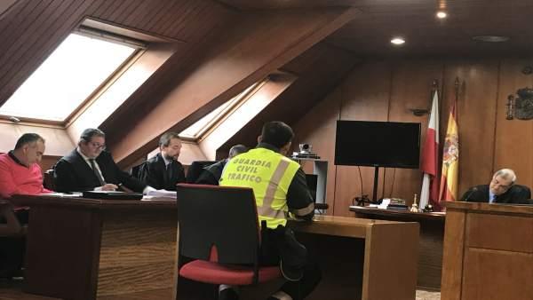 Declaración de un agente de Tráfico como testigo en el caso