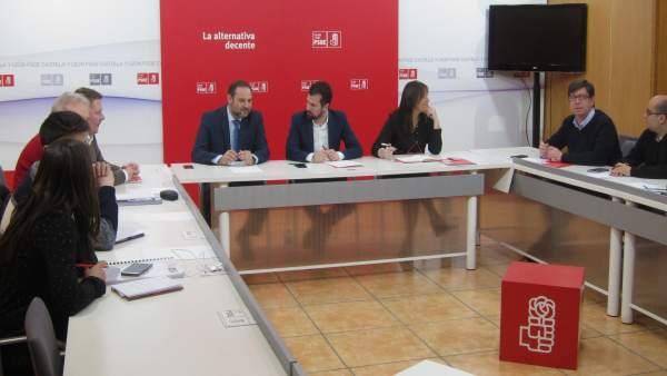 Reunión de José Luis Ábalos con secretarios de Organización del PSOE en CyL