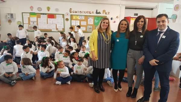 Ruiz y López visitan el colegio La Paz de Villarrubia