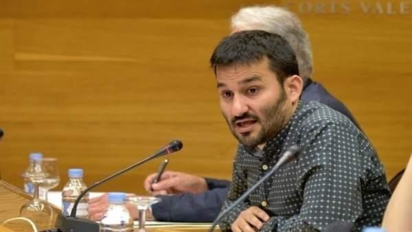 """Marzà assegura que l'Oficina de Drets Lingüístics no busca """"fiscalitzar a ningú"""" i nega """"irregularitats"""""""