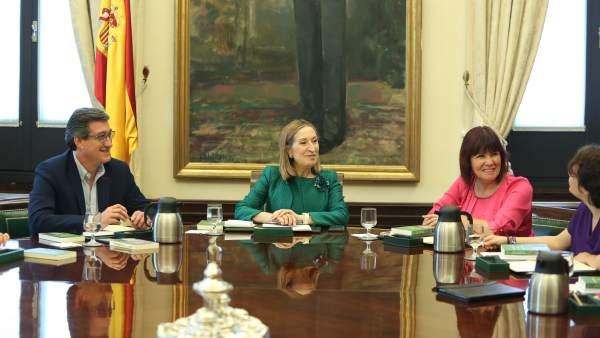 La Mesa del Congrés desbloqueja la reforma de l'Estatut valencià