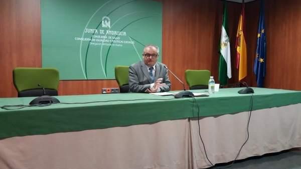 El delegado de Salud en Huelva, Rafael López.