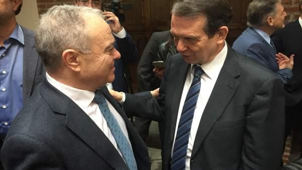 Miguel Gracia con Abel Caballero, este martes en Madrid