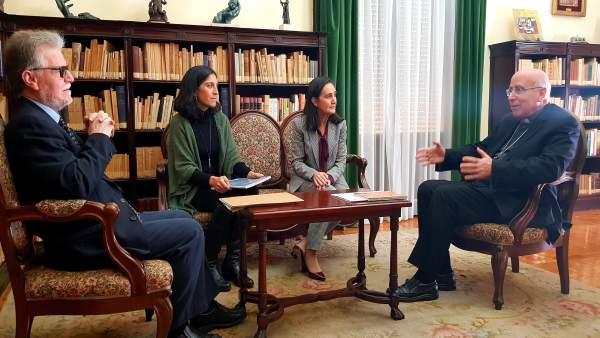 Np Encuentro Entre El Obispo Y La Subdelegada Del Gobierno