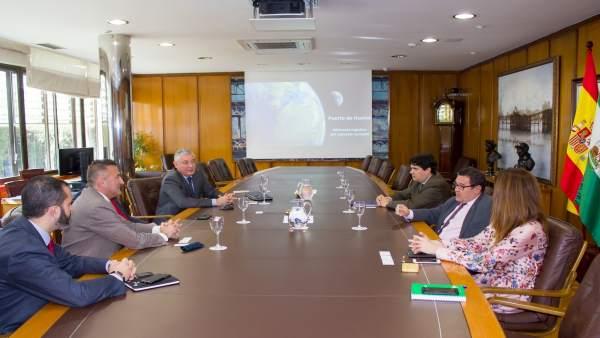 Reunión entre Avante Extremadura y el puerto de Huelva.
