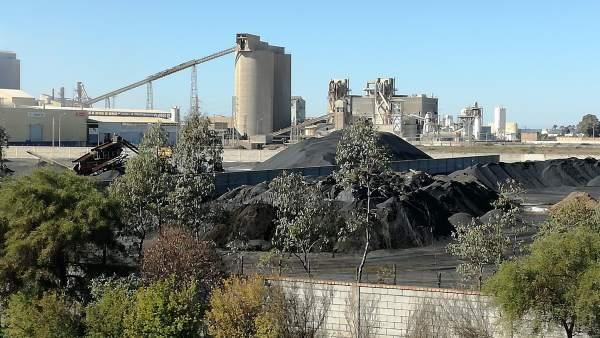 Zona industrial en Huelva.