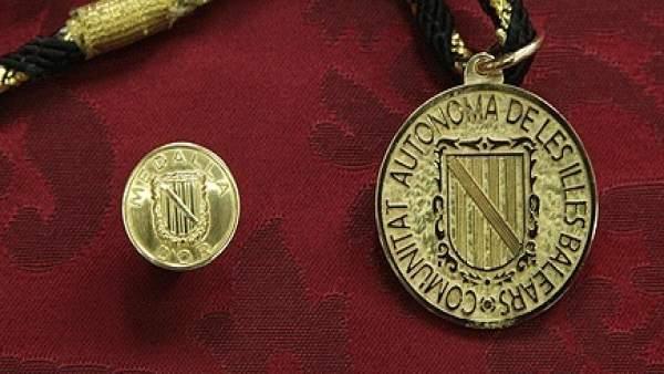 Medallas de Oro de la CAIB