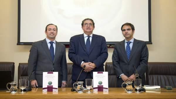 José Joaquín Gallardo presenta la mesa redonda sobre guada compartida