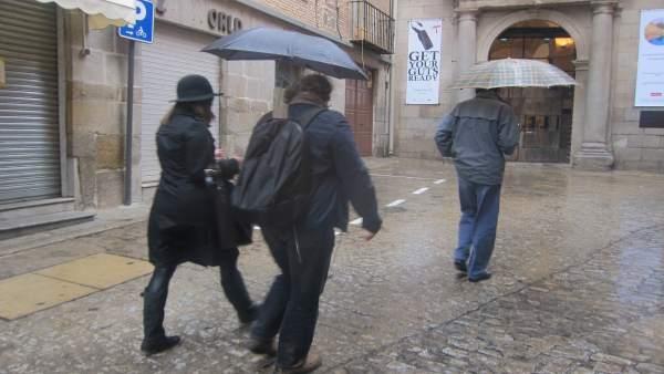 Lluvia, paraguas, temporal, frío, viento