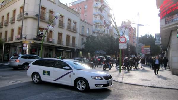 Inicio de la zona peatonal del centro de Jaén desde el paseo la Estación.