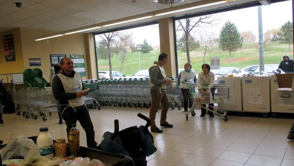 Operación Kilo en Mercadona para el Banco de Alimentos